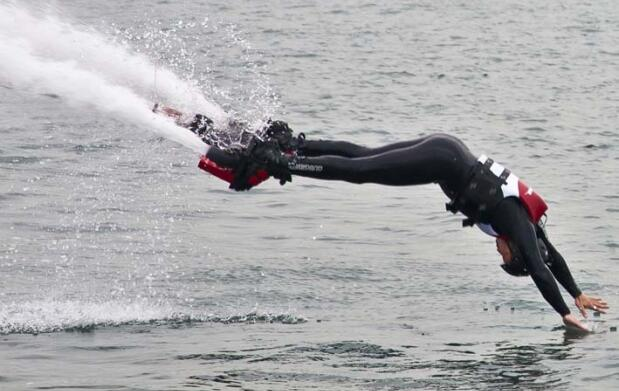 ¡Vuela sobre el agua! Sesión de flyboard