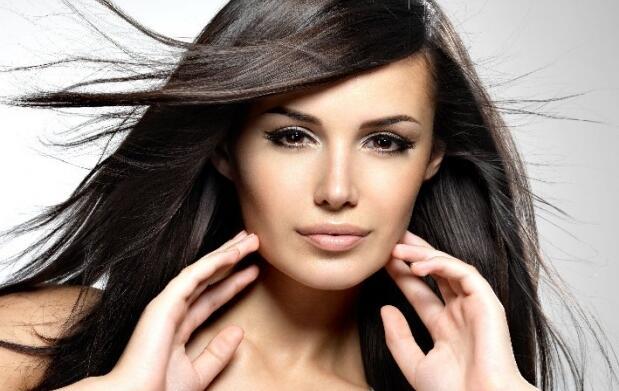 Tinte sin amoniaco, corte y peinado