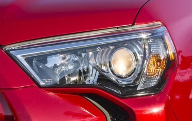Limpia los faros de tu coche en Oviedo