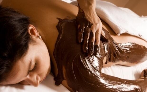 Relájate con un masaje de chocolaterapia
