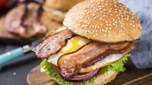 Menú con hamburguesa astur-wagyu