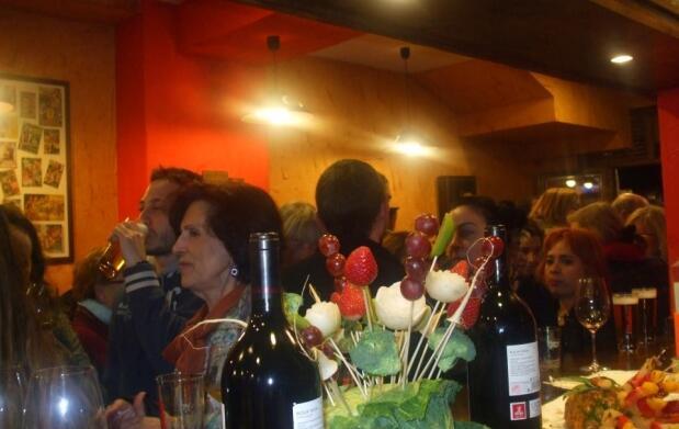 Secreto ibérico + pimientos padrón + vino
