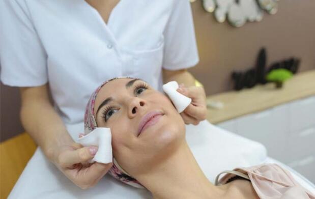 Diagnóstico y tratamiento facial reafirmante