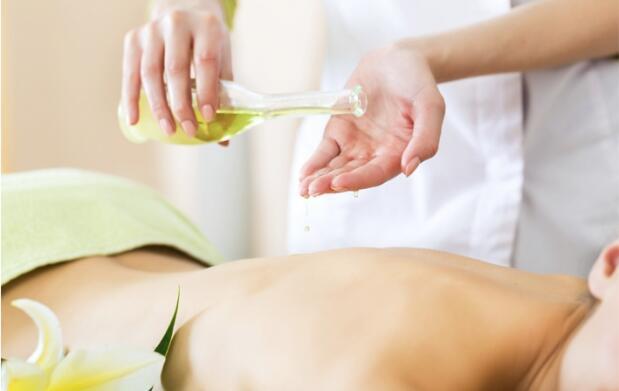 Pedicura y/o masaje
