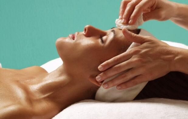 Limpieza y tratamiento facial completo