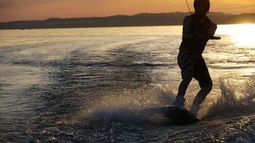 Wakeboard o ruta de paddle surf, ¡tú eliges!