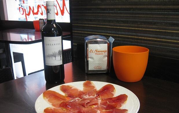 Dos opciones de tapeo con vino a elegir