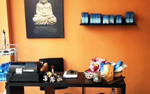 Masaje terapéutico o masaje con bambú