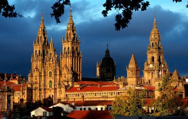 ¡Descubre el encanto de Galicia!