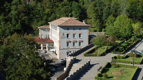 Escapada romántica deluxe de 1 ó 2 noches a Covadonga