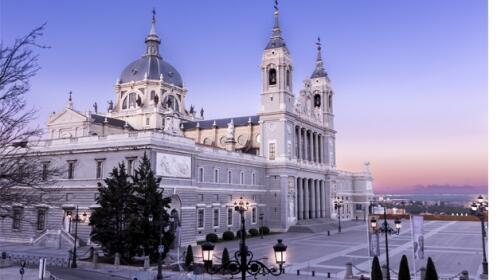 Madrid: 2 noches en hotel + desayuno+ walking tour