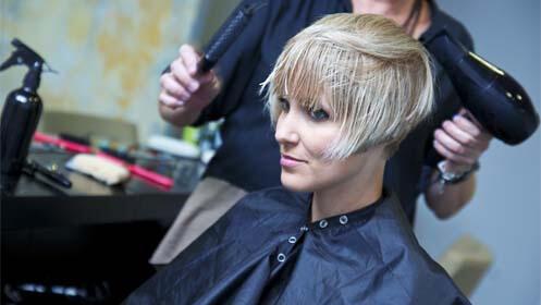 Completa sesión de  peluquería a elegir