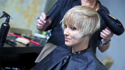 Sesión de peluquería con opciones de mechas o extensiones