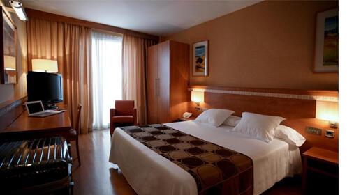 Escapada Ferrari Land + Hotel 3*