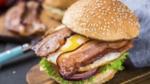 Menú hamburguesa o menú vegano para dos