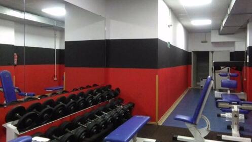 1 ó 2 meses de fitness, clases dirigidas y sauna