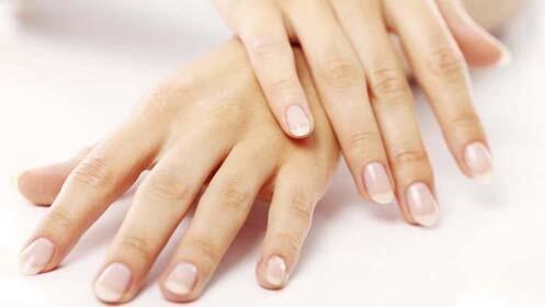 Manicura permanente o limpieza facial