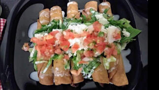 Comida o cena mexicana para dos