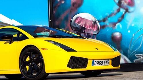 Ruta en moto de agua o bautismo de conducción de un Lamborghini
