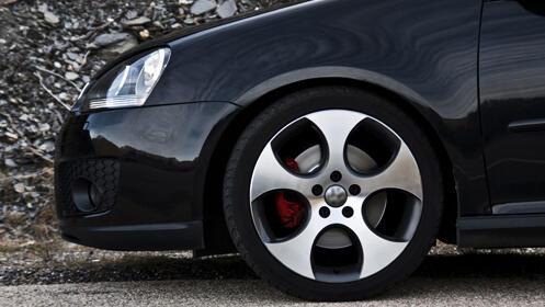 Lavado de coche: Standard, Premium o  Deluxe completo (interior y exterior)