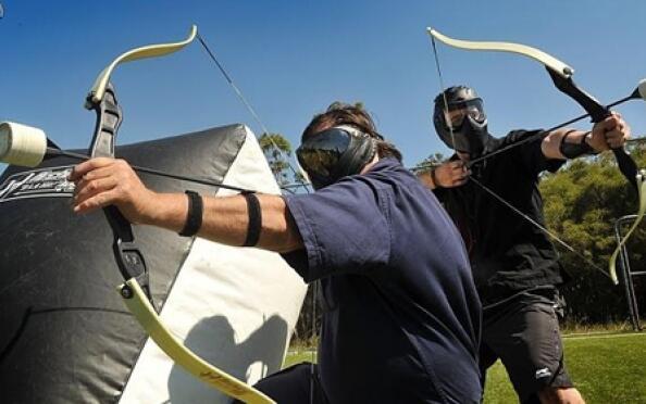 Archery Attack: Paintball con arcos y flechas y también con Bubble Soccer