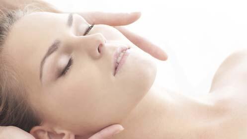 Tratamiento facial unisex con peeling ultrasónico