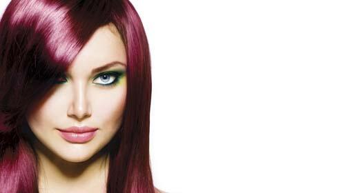 Sesión de peluquería con productos orgánicos