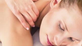 1 ó 3 sesiones de masaje relajante con aceites esenciales y cremas naturales