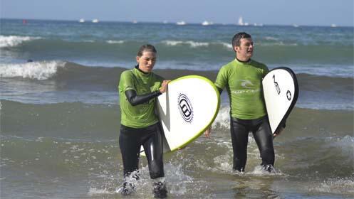 Curso de surf y alquiler extra de equipo